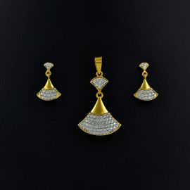 Pendant & Stud - Diamond